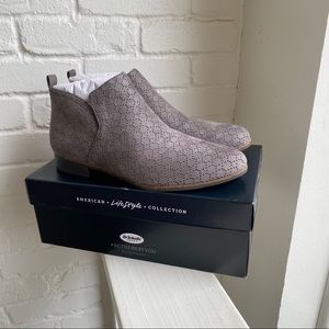 New Dr. Scholl's Gray Booties Brand New Sz 9.5